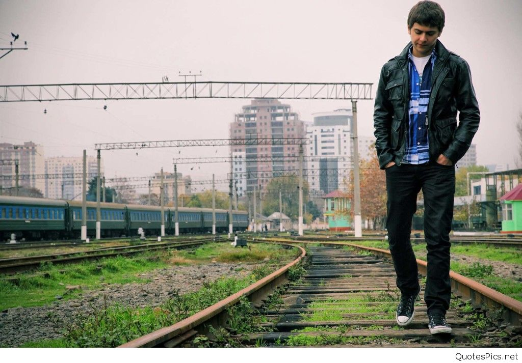 Sad Boy Walking Alone Hd Wallpapers Burbujitas De Esperanza